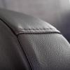 Club2 Riser Chair Gray - Detail: seam