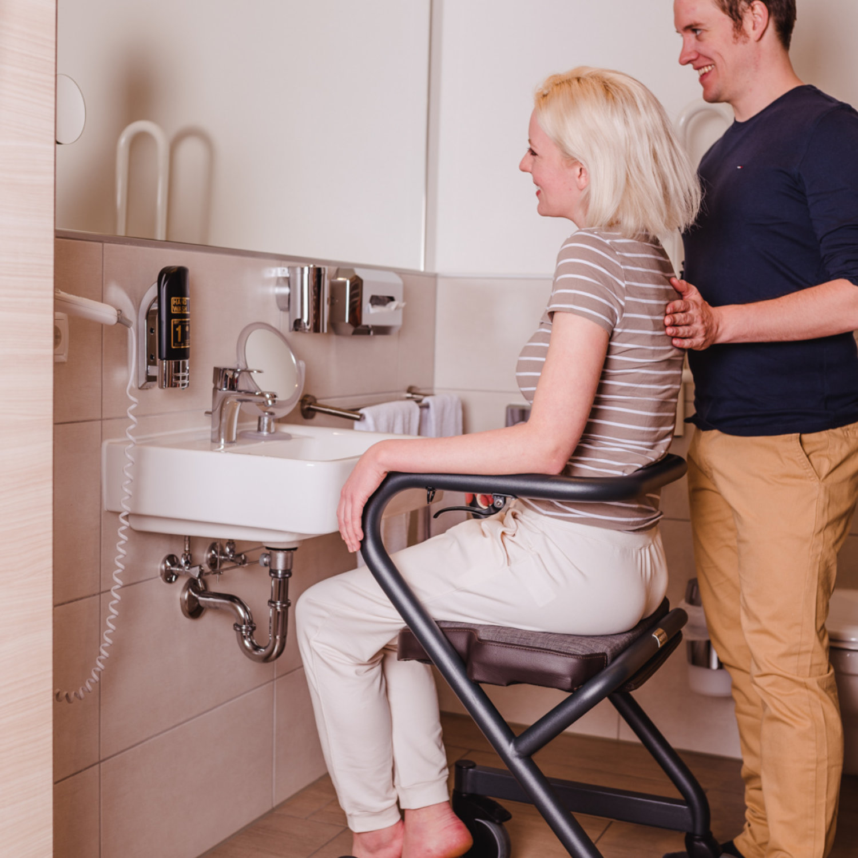 Wohnraumrollator Page Waschbecken
