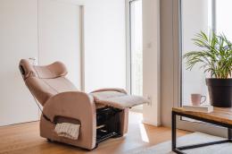 Club1 Riser Chair Beige - rest position only riser chair
