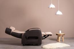 Club2 Riser Chair Beige - lying