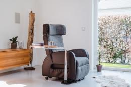 Club2 Riser Chair Gray - side view