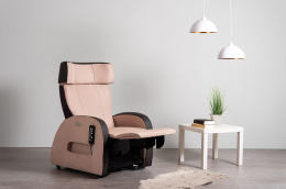 Club3 Riser Chair Beige - front view footrest straight