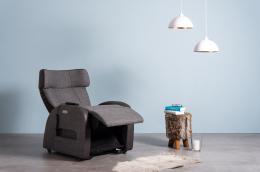 Club3 Riser Chair Gray - front view lying