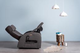Club3 Riser Chair Gray - side view heart-balance-position