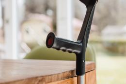 Komplettset Held  - Magnetstockhalter - Gehilfe an Tischkante