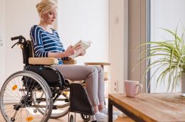 Extra Rollstuhlkissen - Lesen im Rollstuhl