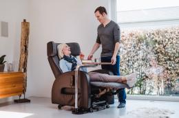 Tabula Swivel Table - pull up while sitting